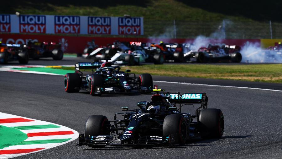 Finlandês tomou a liderança na primeira largada, mas perdeu posto na segunda - Clive Mason - Formula 1/Formula 1 via Getty Images