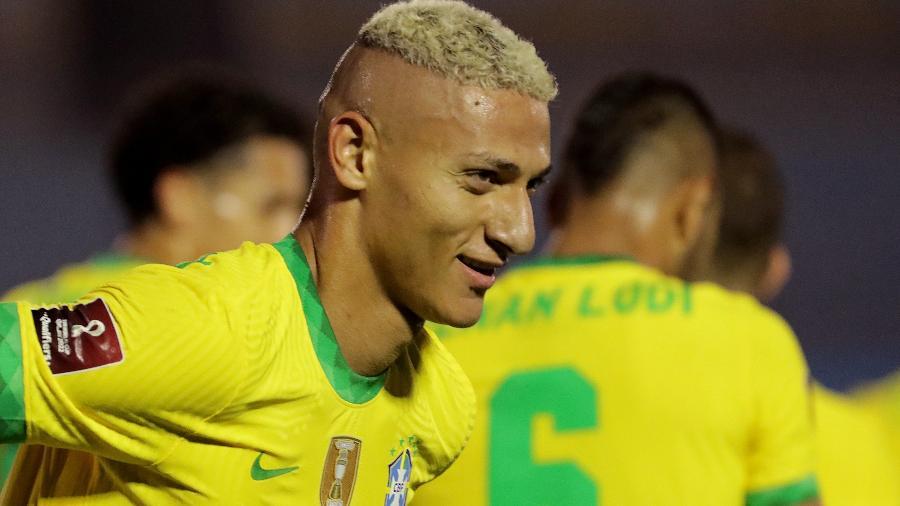 Richarlison deve virar titular da seleção se os jogadores da Superliga não puderem ser convocados - Raúl Martínez-Pool/Getty Images