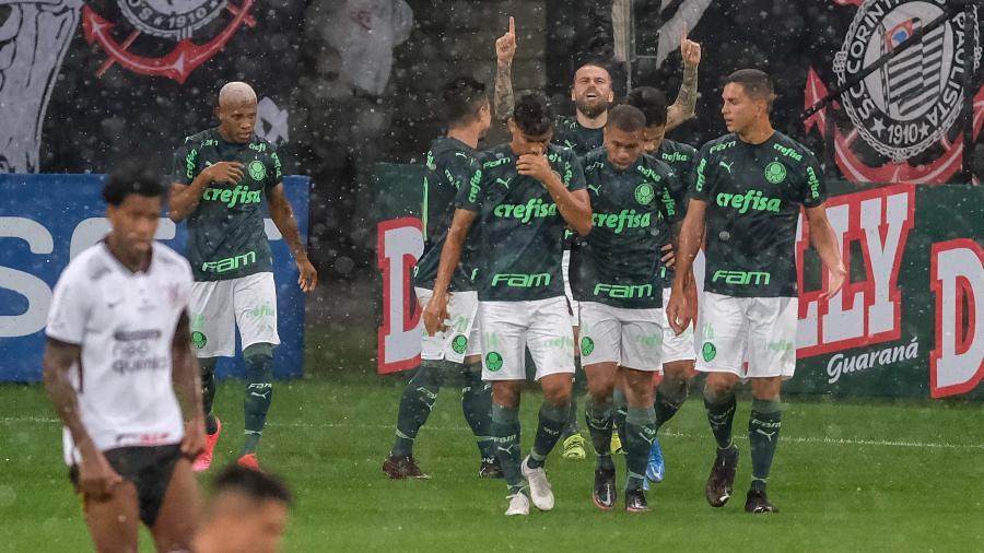 Lucas Lima comemora gol do Palmeiras no clássico contra o Corinthians, pelo Campeonato Paulista - Marcello Zambrana/AGIF