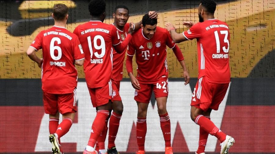 Bayern de Munique vence o Wolfsburg pelo Campeonato Alemão - FABIAN BIMMER / POOL / AFP