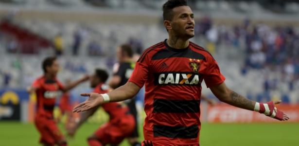 Rogério ficou nove meses no São Paulo; hoje, reforça o Sport