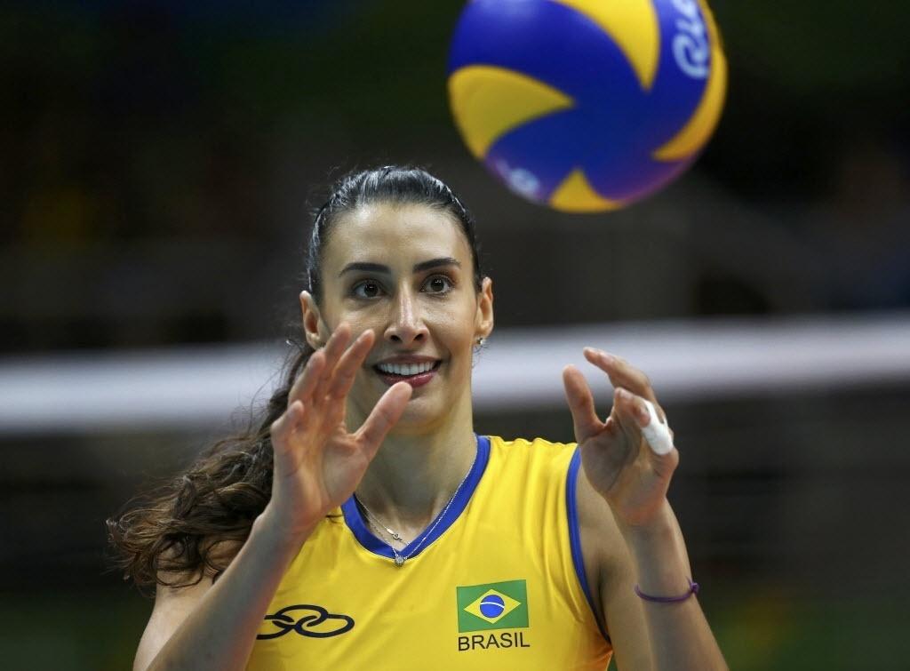 Sheilla se despediu da seleção no Rio de Janeiro