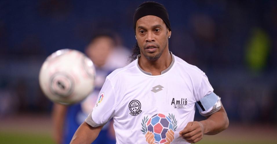 """Ronaldinho durante """"Jogo da Paz"""""""