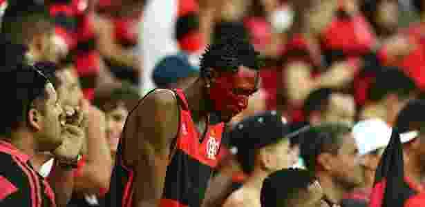 O torcedor não esconde a insatisfação com a má fase do Flamengo em 2017 - Wilton Jorge/Estadão Conteúdo