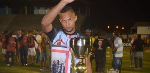 Dida usou camisas em homenagem a Danilo durante campanha do título em Rondônia