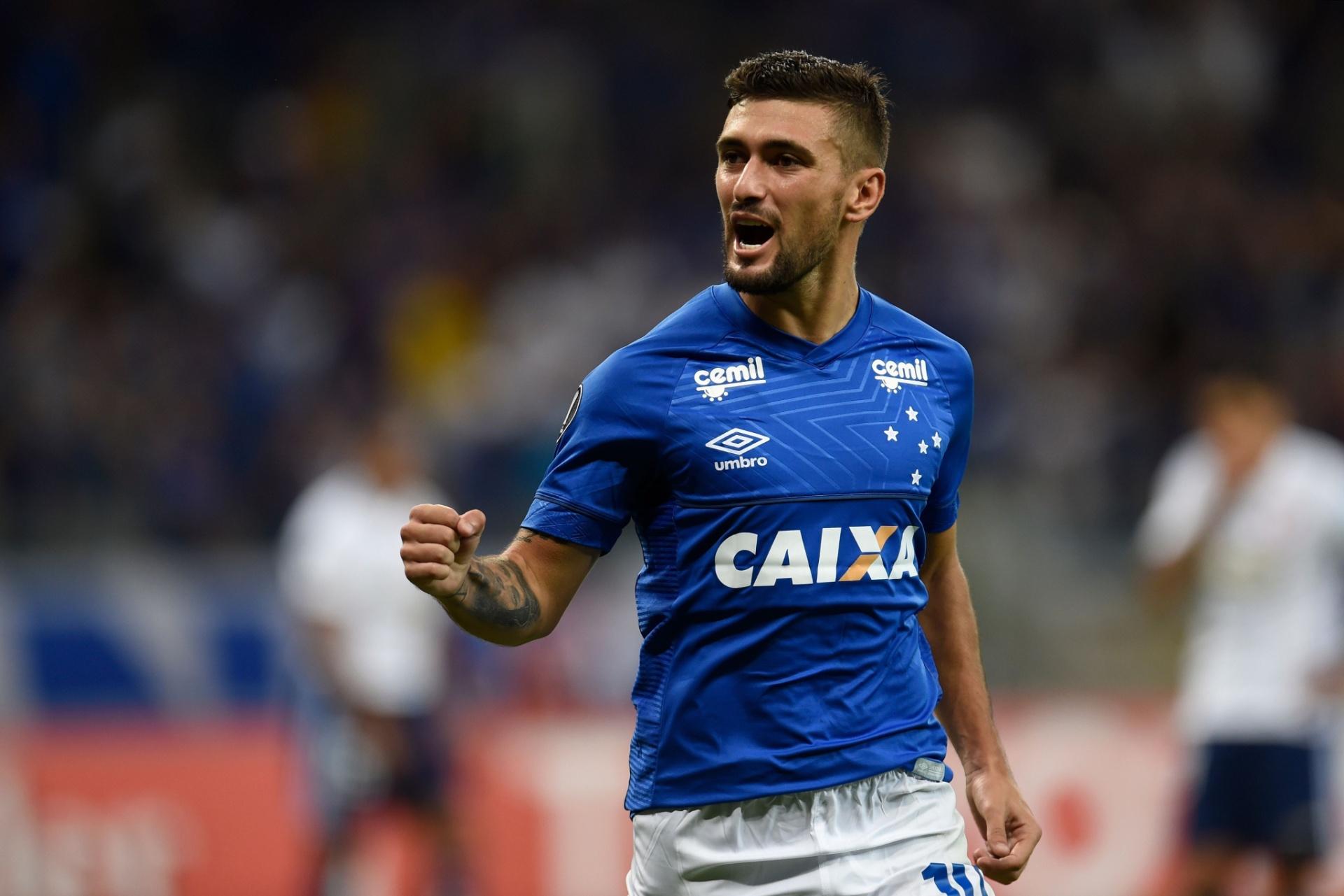 9da97debba Cruzeiro pede