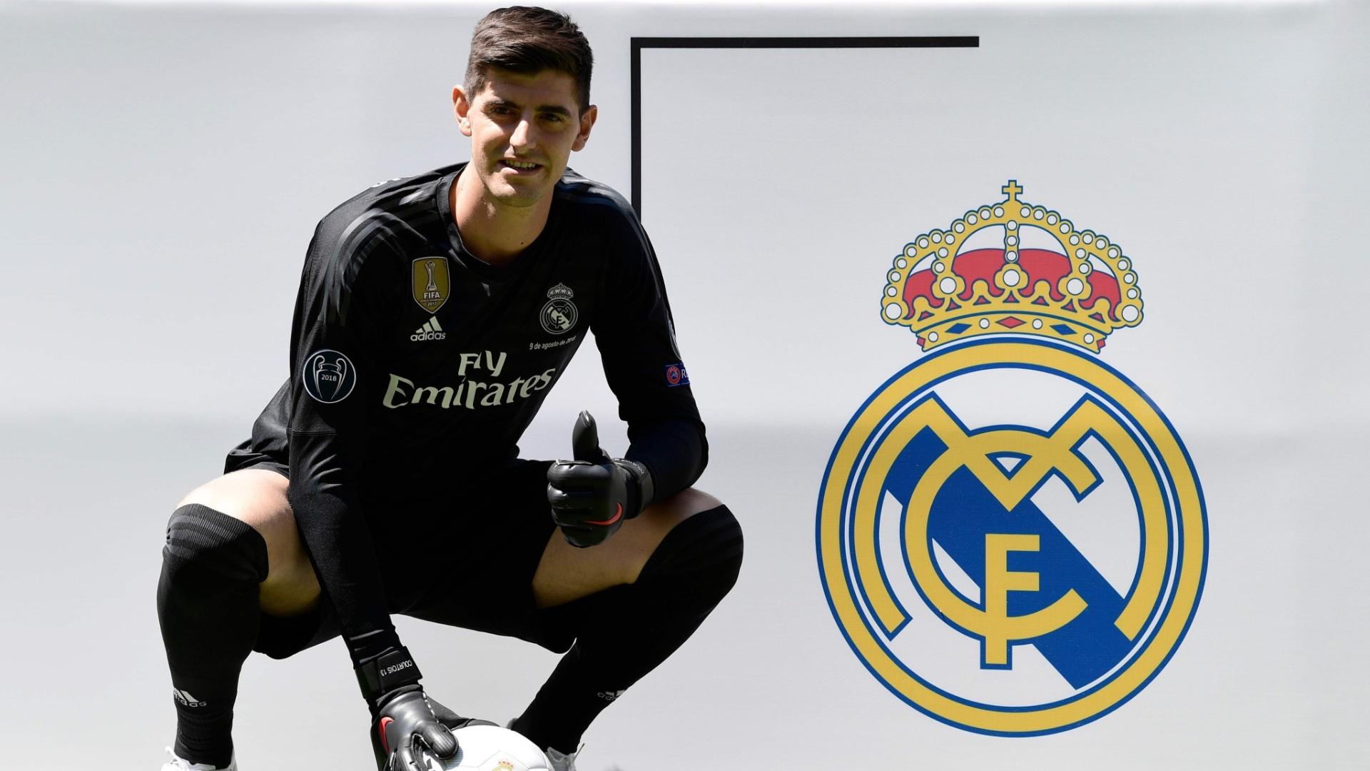 O goleiro belga Courtois é apresentado pelo Real Madrid