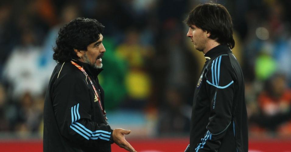 Maradona foi técnico de Messi na Copa do Mundo da África em 2010