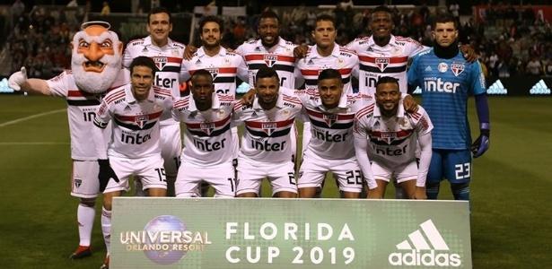 Tricolor estreou na temporada com uma derrota para o Eintracht Frankfurt