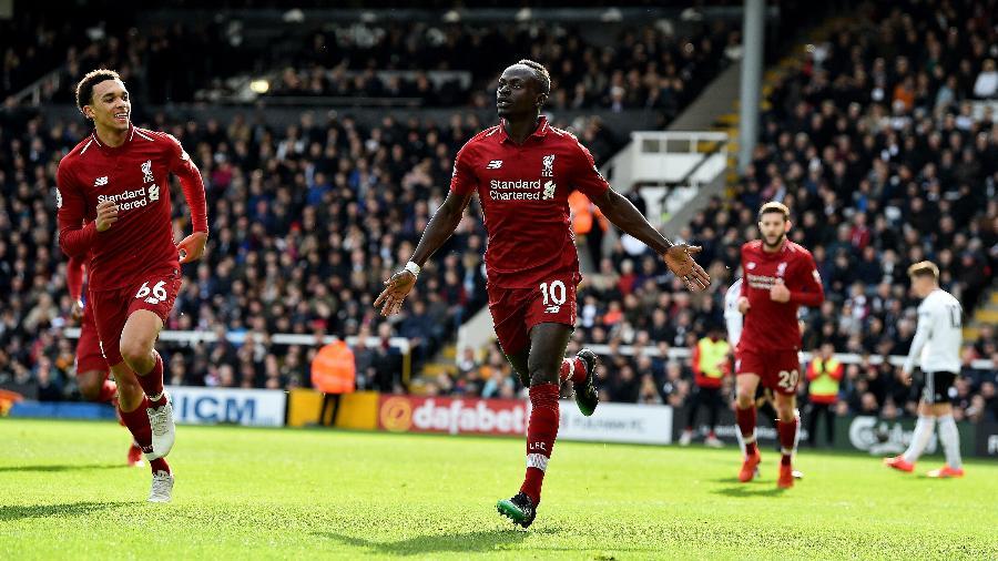 Mané comemora gol do Liverpool contra o Fulham - Andrew Powell/Liverpool FC via Getty Images