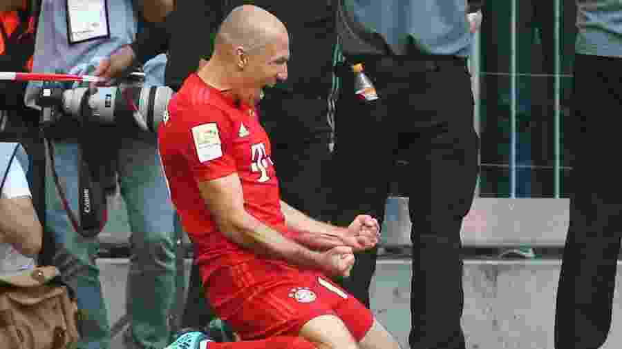 Robben comemora título do Bayern de Munique - Michael Dalder/Reuters