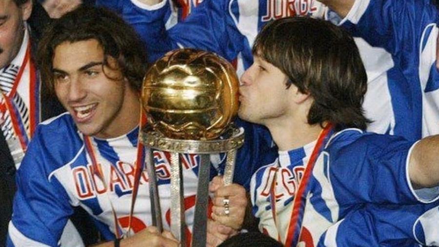 Diego relembra título mundial de 2004 com Porto - reprodução/Instagram