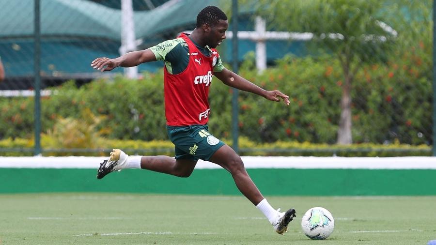 Patrick de Paula durante treino do Palmeiras, na Academia de Futebol - Cesar Greco