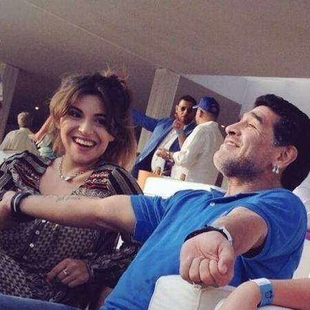 Gianinna com Maradona em foto compartilhada nas redes sociais - Reprodução