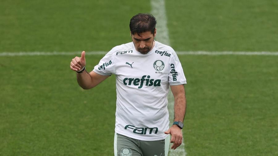Abel Ferreira, técnico do Palmeiras, em treino na Academia de Futebol - Cesar Greco