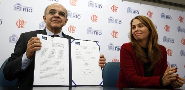 Ex-presidente Patricia Amorim (d) ajudou a costurar acordo entre Flamengo e Prefeitura