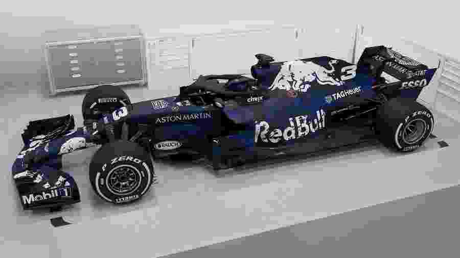 Red Bull apresenta carro de 2018 com pintura provisória  - Divulgação
