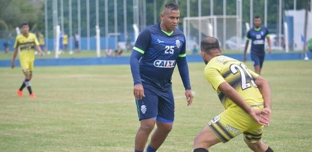 Walter no CSA: rivalidade com o Coritiba desde os tempos de Atlético-PR