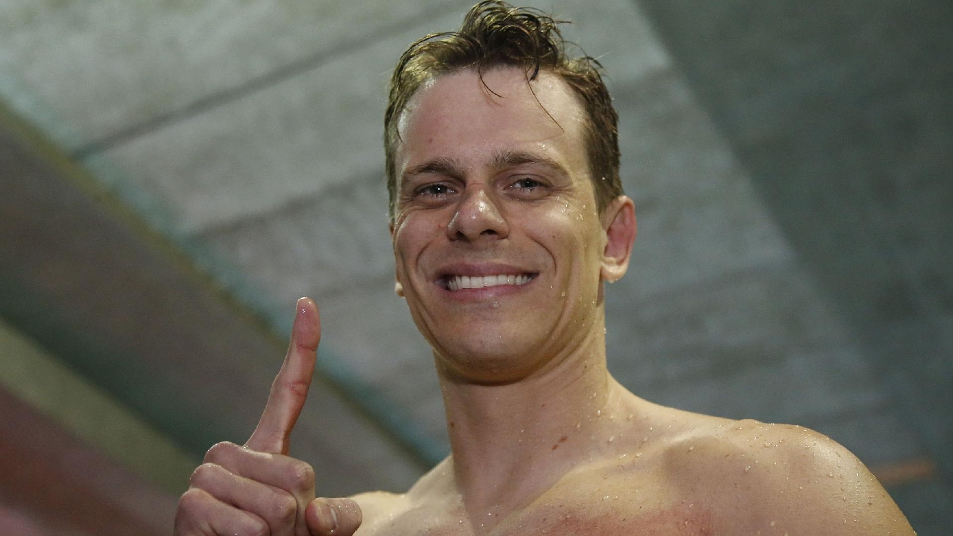 Cesar Cielo comemora vitória nos 50 metros livre no Troféu José Finkel, no Pinheiros