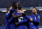 Lucas perde pênalti, Chelsea vence Tottenham e pega City na final - Matthew Childs/Reuters