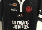 Vasco arrecada quase R$ 100 mil em leilão de camisas com bandeiras do Fla - Divulgação