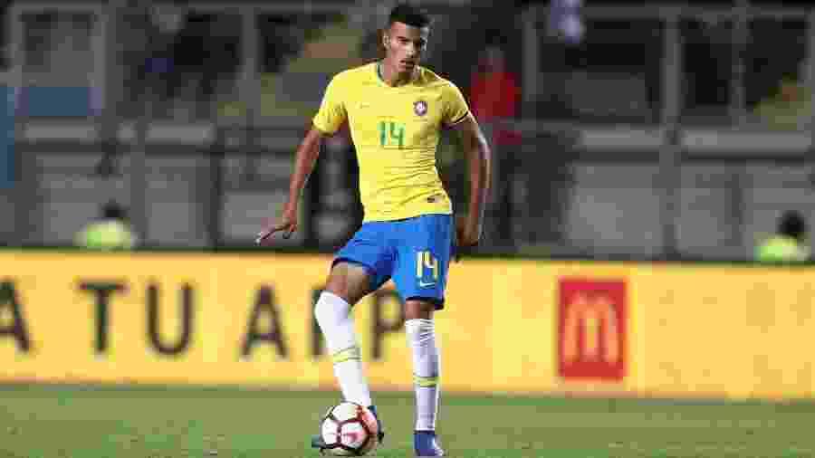 Walce, zagueiro do São Paulo, em ação pelo time sub-20 do Brasil - Lucas Figueiredo/CBF