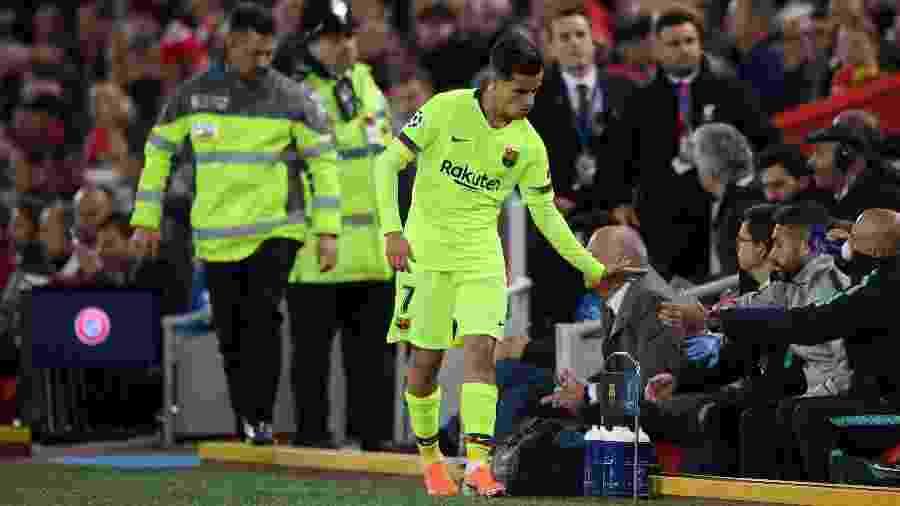 Coutinho não jogou bem e deixou a partida contra o Liverpool substituído no segundo tempo - Shaun Botterill/Getty Images