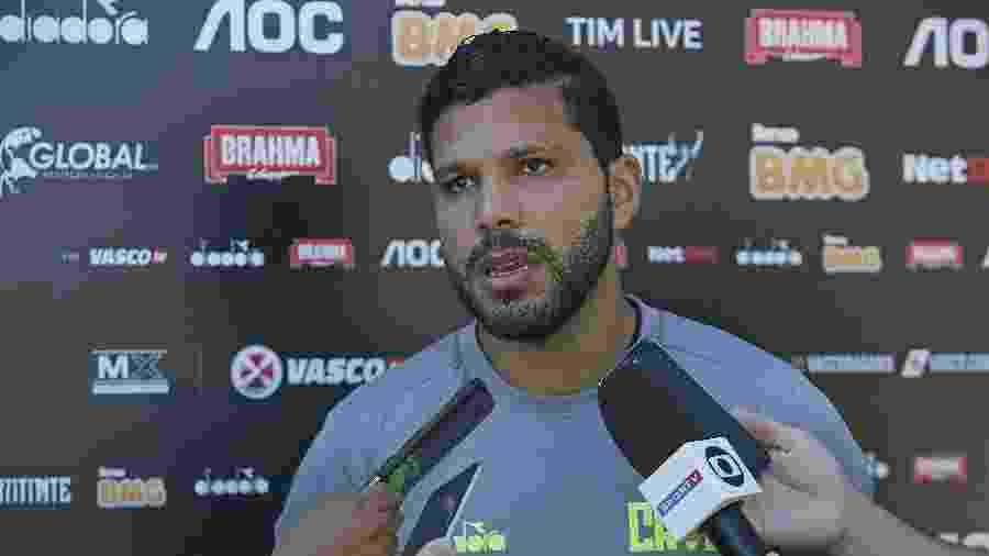 Zagueiro colombiano Oswaldo Henríquez está com dores no tornozelo direito e foi vetado da partida - Rafael Ribeiro / Vasco.com.br