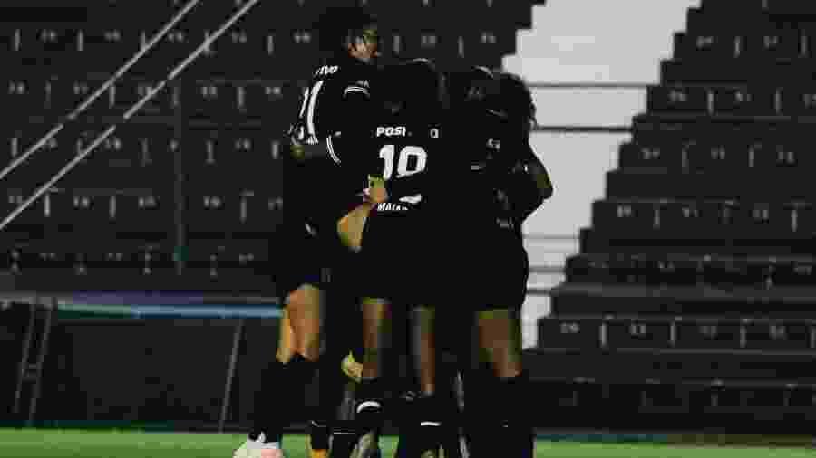 Corinthians comemora gol diante da Ferroviária - Bruno Teixeira / Agência Corinthians