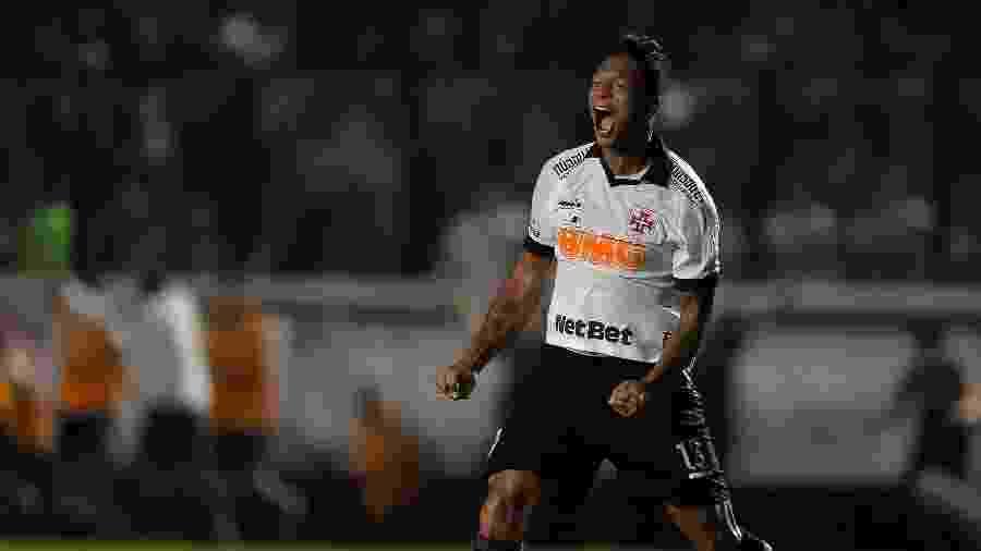 Fredy Guarín assinou novo contrato com o Vasco com duração de dois anos  -  Thiago Ribeiro/AGIF