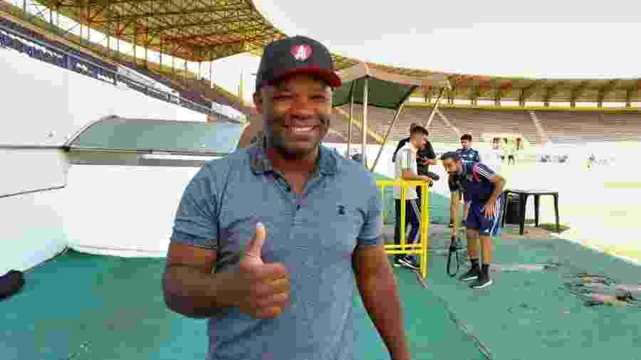 Ex-volante Alexandre, campeão paulista pelo São Paulo em 1998 e 2000 - Bruno Grossi/UOL
