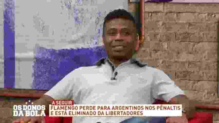 """Edílson Capetinha diz que Rogério Ceni é técnico de """"time pequeno"""" - Reprodução/Band"""