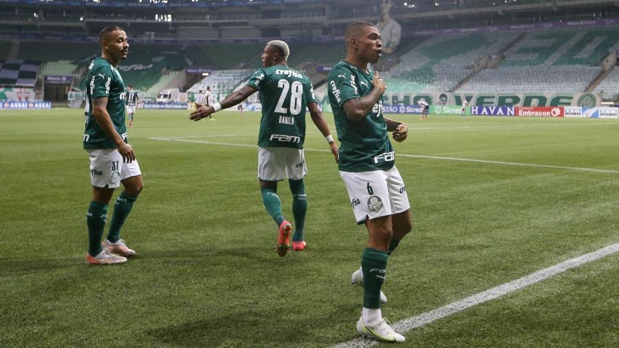 Lucas Esteves comemora seu 1º gol pelo Palmeiras, no duelo contra o Santos, pelo Paulistão - Cesar Greco