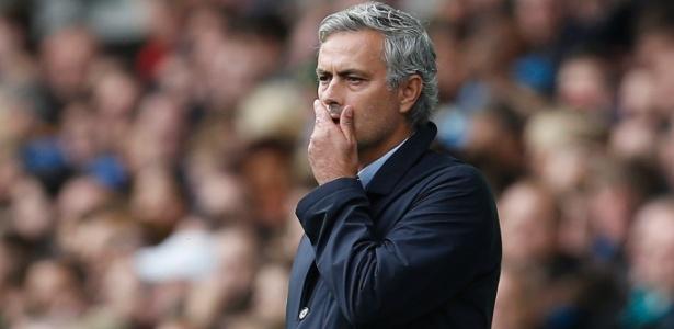 José Mourinho está aguardando uma proposta do United para decidir seu futuro