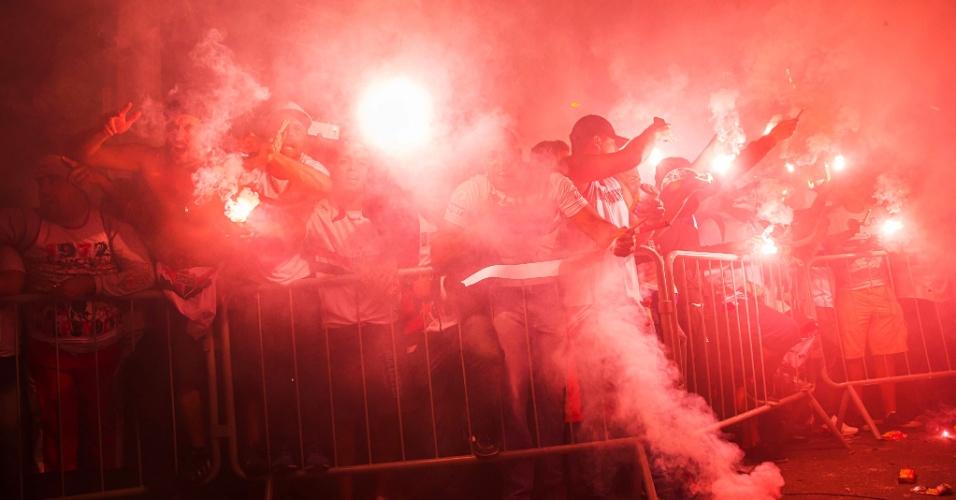 Torcida do São Paulo colore o Morumbi de vermelho antes de São Paulo x Atlético-MG