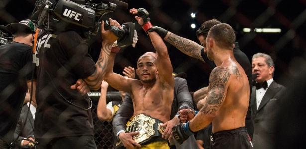 Aldo voltou a vestir o cinturão após vencer Edgar em julho - Rigel Salazar/ Ag Fight