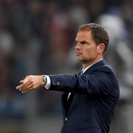 Frank De Boer em ação pela Inter de Milão; holandês é o novo técnico do Atlanta United - Divulgação/FC Internazionale Milano