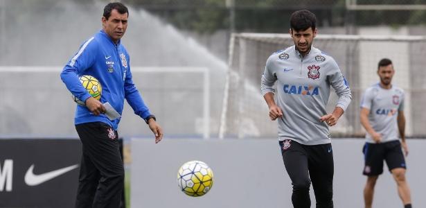 Camacho chegou no meio do ano e se tornou titular do Corinthians