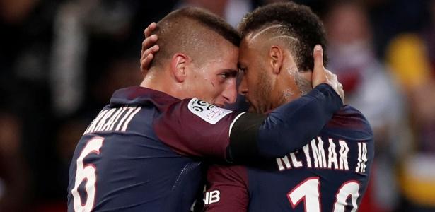 Neymar comemora com Verratti após marcar para o PSG contra o Toulouse