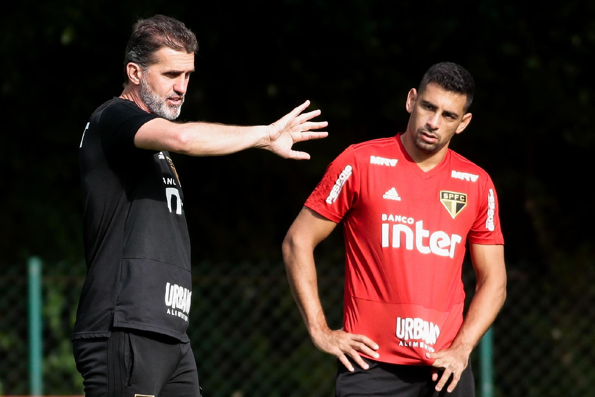 SPFC  São Paulo não terá Hernanes ba2c4fc95d8fc
