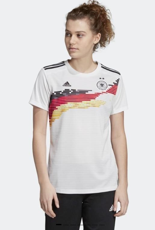 Uniforme feminino Alemanha