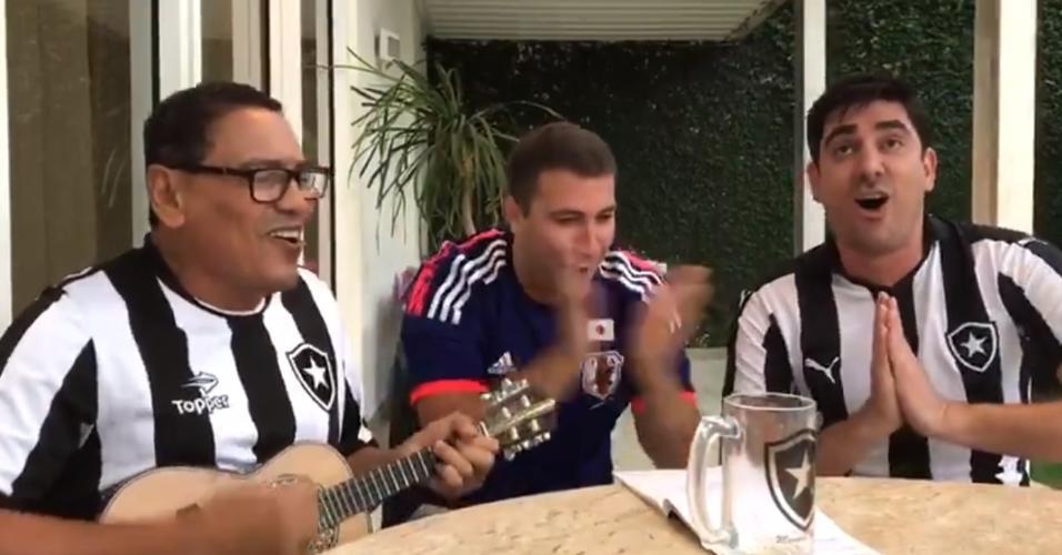 Marcelo Adnet canta samba feito para Keisuke Honda