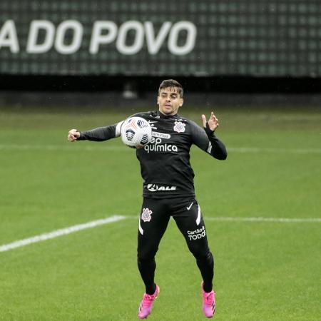 Fagner, lateral do Corinthians, em atividade na Neo Química Arena - Rodrigo Coca / Agência Corinthians