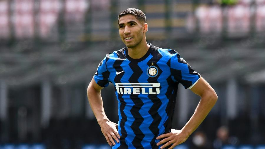 Achraf Hakimi, lateral da Inter de Milão, estaria de malas prontas para o PSG - Nicola Campo/LightRocket via Getty Images