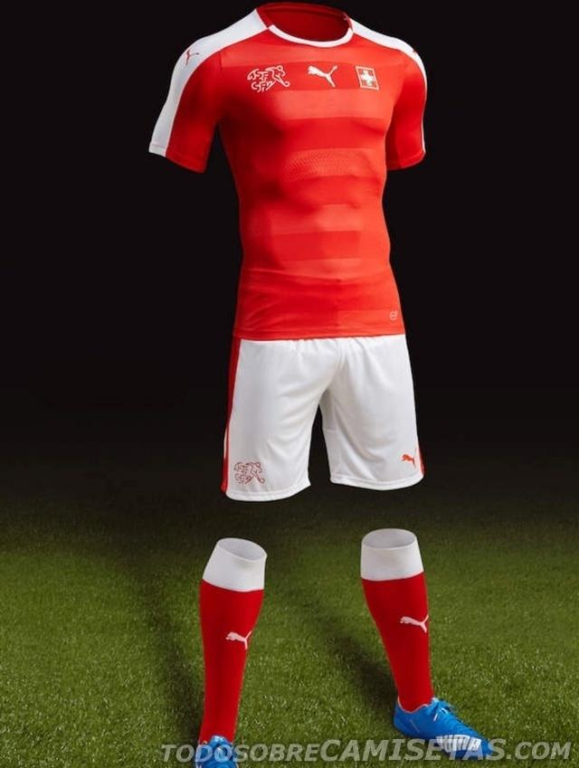 GRUPO A: Suíça (camisa titular, Puma)