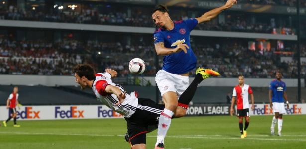 Ibrahimovic jogou só meia hora contra o Feyenoord