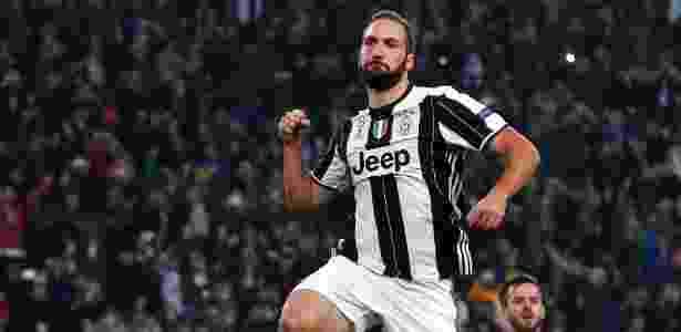 Higuain fez seu centésimo gol na Itália na vitória da Juventus sobre o Lyon - Giorgio Perottino/Reuters