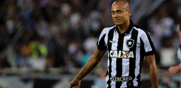 Roger quando defendia o Botafogo