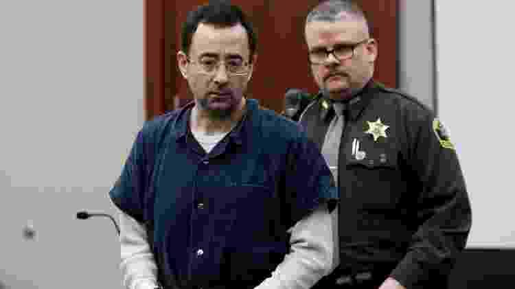 Larry Nassar chega para audiência na corte em Lansing, no Estado de Michigan - Brendan McDermid/Reuters - Brendan McDermid/Reuters