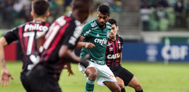 Thiago Santos admitiu ansiedade pelo título brasileiro - Ale Cabral/AGIF